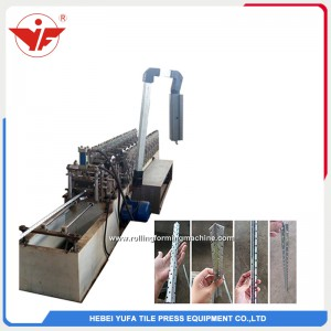 Angle punching hole roll forming machine